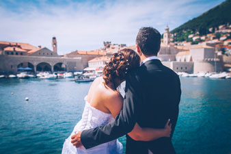 Wedding couple in Dubrovnik by Dubrovnik phographer